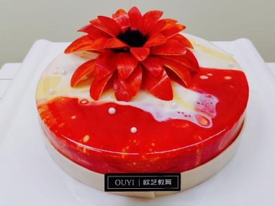 重庆欧艺蛋糕师培训班_蛋糕师的进阶选择