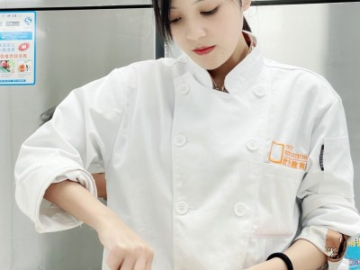在哪里学蛋糕烘焙最好?