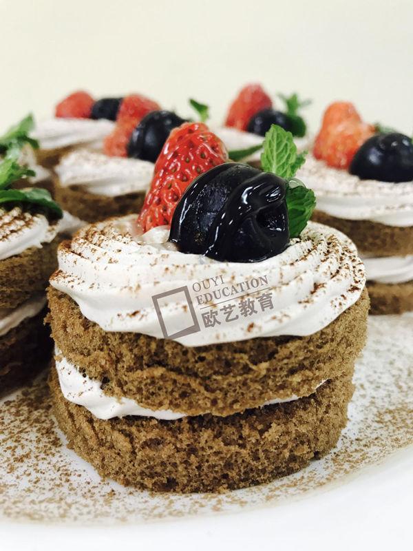 重庆西点培训班,重庆哪里可以学做蛋糕