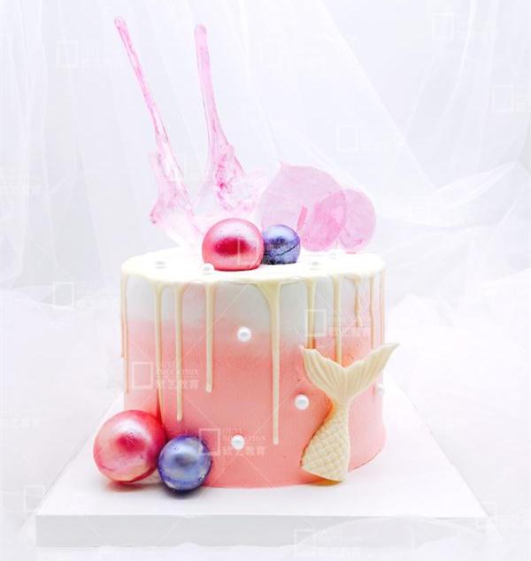 重庆学做蛋糕的学校,重庆蛋糕培训学校在哪里