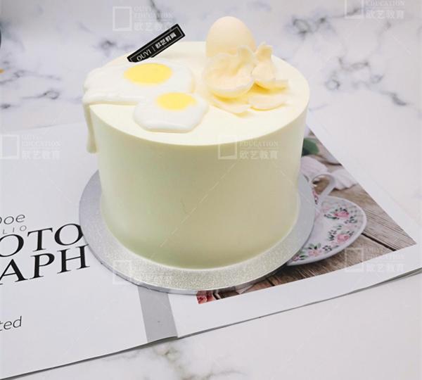 重庆学蛋糕制作、重庆做蛋糕培训学费、重庆欧艺西点培训学校
