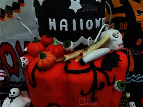 万圣节主题甜品台图片-重庆欧艺甜品培训学校