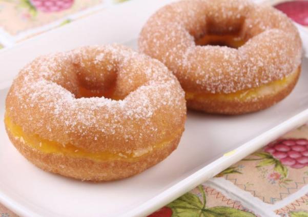 甜甜圈制作方法及烤盘选用技巧
