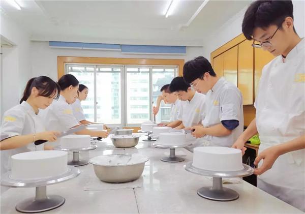 重庆欧艺职业培训学校